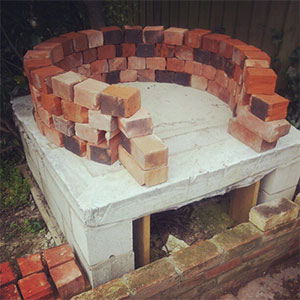 Building a wood fired pizza oven d t macdonald for How to build a brick house step by step pdf